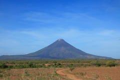 火山Momotombo 免版税库存图片