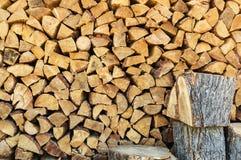 火木头堆 免版税库存照片