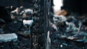 火毁坏的老被放弃的支架 股票视频