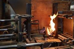火火焰在冶金学工厂 免版税库存照片