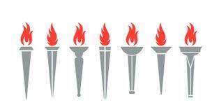 火炬商标 在白色背景的被隔绝的火炬 免版税库存图片