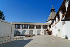 火炮塔和围场克里姆林宫在阿斯特拉罕 库存图片