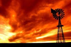 火热的天空 免版税库存图片
