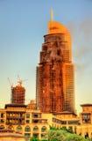 火的一家旅馆在街市的迪拜 库存照片