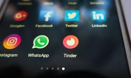 火种-一最普遍的约会的app在世界上 库存图片