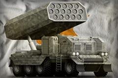火箭队火炮,有灰色伪装的导弹发射装置在塞浦路斯国旗背景 3d?? 库存例证