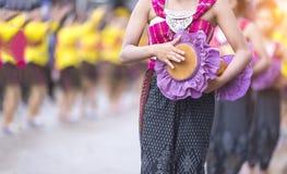 火箭队节日,开始泰国东北地方的文化雨季,泰国跳舞 免版税库存照片