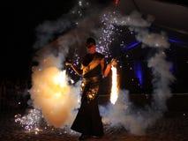 火舞蹈家 图库摄影