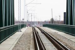 火车交通的桥梁 免版税库存图片