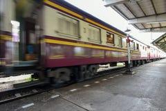 火车从驻地移动 库存照片