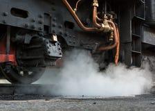 火车吹的蒸汽 库存图片