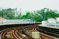 火车和铁路在Sâo保罗,巴西 免版税图库摄影