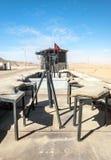 火车无盖货车在沙漠 库存照片