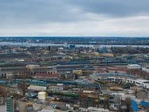 火车服务鸟瞰图  Dnipro都市风景的全景图象 免版税库存图片