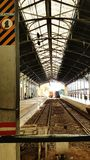 火车站平台伊莉莎白港南非 免版税库存照片