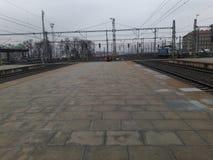 火车站平台在布拉格在秋天 库存照片