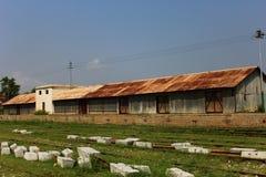 火车站的被放弃的办公室 免版税库存照片