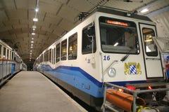 火车, Zugspitzplatt,德国 免版税库存图片