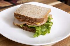 火鸡肉三明治用莴苣 库存图片