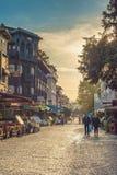 火鸡 伊斯坦布尔 老街道在区域Sultanahmet 免版税库存照片