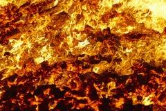 火 火山白炽材料 热的木炭篝火 羰 免版税库存照片