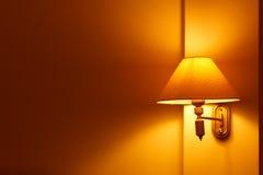 灯在卧室 免版税库存照片