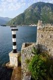 灯塔和教会 免版税库存照片