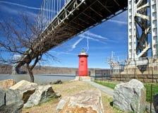 灯塔和桥梁 库存图片