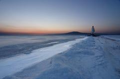 灯塔在冬天 免版税库存图片