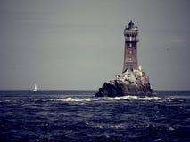 灯塔在海洋 图库摄影