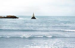 灯塔在海运 库存图片