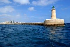 灯塔在盛大港口,马耳他 免版税库存图片