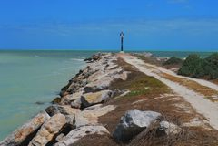 灯塔海洋全景墨西哥churbuna 库存照片