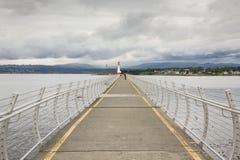灯塔看法在Ogden点防堤的 库存照片