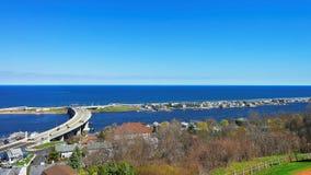 从灯塔观看的路和大西洋岸 免版税图库摄影