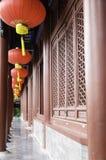 灯笼在庭院里 免版税库存照片