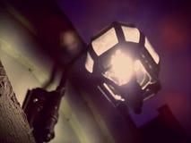 灯笼跳动道路的夜 库存图片
