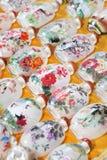 灯花瓶复制品在潘家园市场,北京,中国上的 库存照片