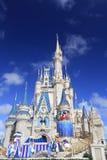 灰姑娘城堡和烟花,不可思议的王国,迪斯尼 库存照片