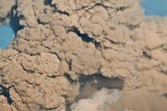 灰火山云彩的clouse 免版税库存图片