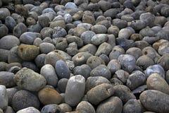 灰色卵形石头 免版税库存图片