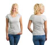 灰色圆的脖子T恤杉的妇女 免版税库存图片