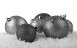 灰色圣诞节球 免版税图库摄影