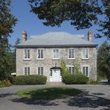 灰色房子庄园石头 免版税库存照片