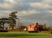 灰色房子红色天空 库存图片