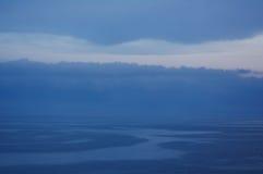 灰色海和天空,胡安列斯别针 库存图片