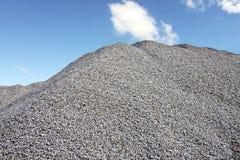 灰色石渣小山 库存图片