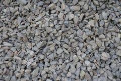 灰色被击碎的石头接近的看法  免版税库存照片
