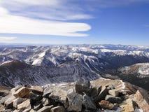 灰色高峰山顶视图 免版税库存照片