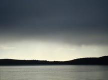 灰色,希贝尼克微妙的树荫  免版税库存图片